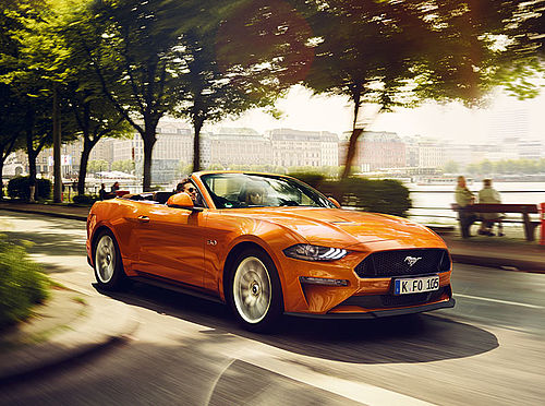 Ford Mustang 2018 in Orange